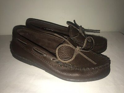 Minnetonka Moosehide Classic Moccasin Shoes #492 Chocolate Brown Women's 7 M