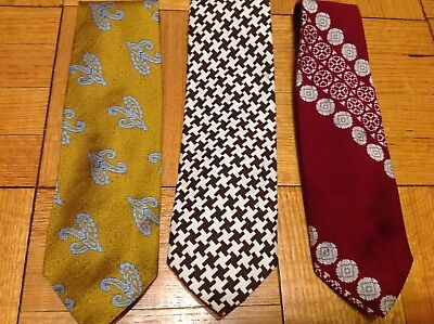 WIDE VINTAGE MENS TIES FROM 60/70's
