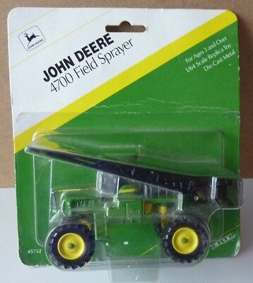 John Deere 4700 Field Sprayer