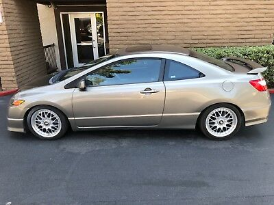 2006 Honda Civic SI STICK 6-SPEED (SI) 6-SPD 1 OWNER CORROSION FREE SOUTHERN CALIFORNIA ALL OPTIONS MANY UPGRADES
