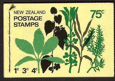 N Z. SG SB 28, The 1974 Revised 75c Complete Stamp Booklet. No Watermark (a)