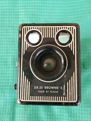 Vintage Kodak Box Brownie Camera Six 20 E London England Photo Collector Old