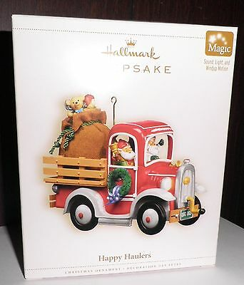 2006 Hallmark Keepsake Ornament Happy Haulers Magic Sound Light Motion