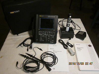 Tektronix THS720 STD Oscilloscope Good Working Condition w/ 3 Probes and Battery