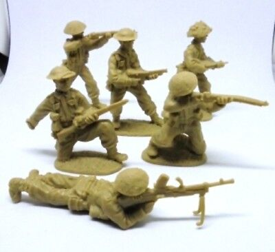 Weston Toy Co WWII British, 12 figures (2 of each)