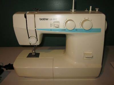 BROTHER LS40 SEWING Machine Portible Light Weight Straight Zig Amazing Sewing Machine Brother Ls 1217