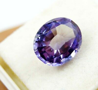 GGL Certified 9.00 Ct Imposing Oval Cut Color Changing Natural Alexandrite Gem