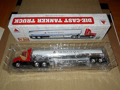 Citgo 1998 Diecast Tanker Truck 3rd in a Special Collector's Series - NIB