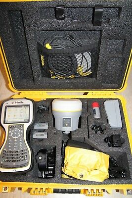 Trimble R10 GNSS set with TSC3 and Access 2017.21