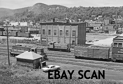 ORIG NEG Boston & Maine GP7 1577 with Berlin Mills GE 70-ton 16 Original 2 ¼