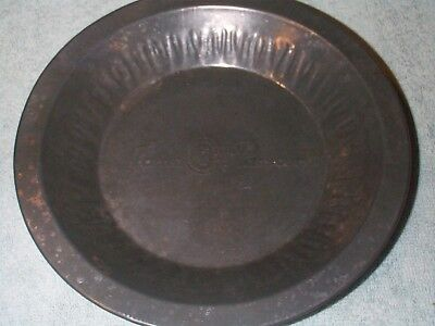 ANTIQUE JANE PARKER  8 INCH TIN PIE PAN IN EXCELLENT CONDITION FROM THE 1940's