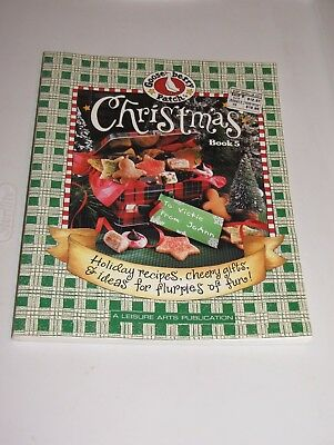 Gooseberry Patch Vol 5 Christmas Book Cookbook Crafts Crochet Paint Sew Kids Fun