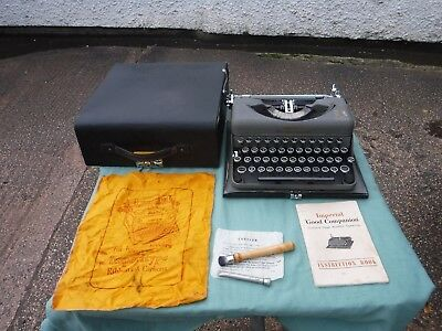 Stunning  Imperial The Good Companion   Typewriter.