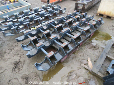 John Deere 160 Hydraulic Excavator Undercarriage Rock Guard Protection System