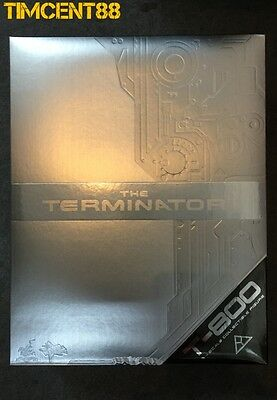Hot Toys MMS136 The Terminator 1 T800 T-800 Arnold Schwarzenegger 1/6 New
