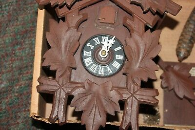 Vintage Black Forest Wood Wall Cuckoo Clock ~ Made In Germany  P/r