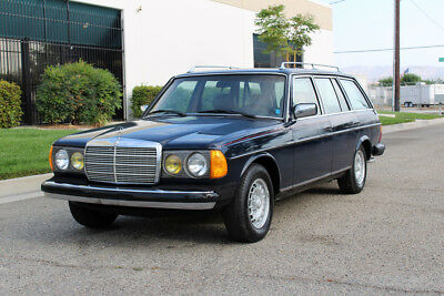 1983 Mercedes-Benz 300-Series California Original,Turbo Diesel,W-123 1983 Mercedes-Benz 300td