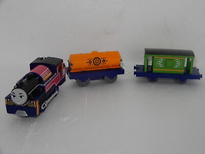 "Thomas The Tank Engine Tomy ""ashima & Trucks"" Brand New Rare Import"