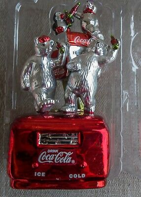 Vintage Coca-Cola Polar Bear Table Top Figurine Glass Musical - Great Condition