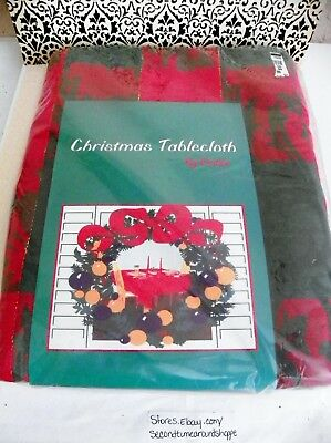 """Christmas PLAID Red Green w/Gold Threads Fabric Tablecloth 60""""x84"""" Oblong"""