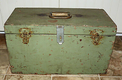 Fabulous Antique/vintage Distressed Primitive Green Wood Tool Box!!