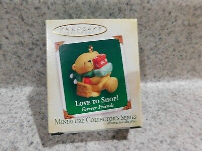 2005 Hallmark Keepsake Miniature Collectors Series With Card Love To Shop Nib