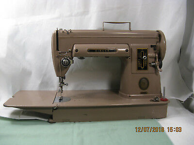 Vintage 1950's SINGER 301A Working SEWING MACHINE in Original Case