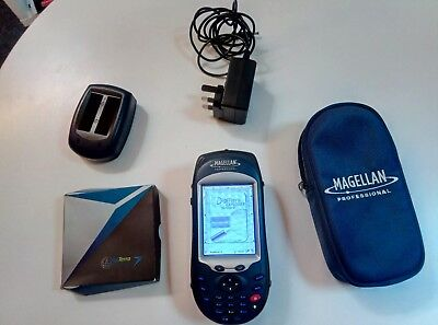 Mobile Mapper CX GNSS handeld mapping system complete with Digiterra software