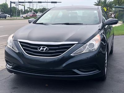 2011 Hyundai Sonata  2011 Hyundai Sonata GLS 4dr Sedan 2.4L I4 Automatic Cold AC Drives Great FLORIDA