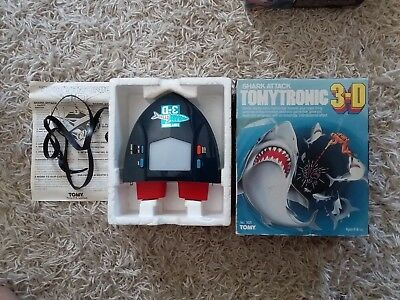 tomy tomytronic shark attack vintage hand held electronic game retro gamer