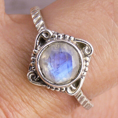 Delicate Gemstone Ring US 8 (Q) SILVERSARI 925 Sterling Silver RAINBOW MOONSTONE