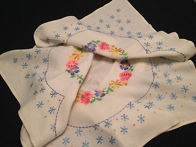 Vintage Hand Embroidered Tablecloth  ~ Beautiful Floral Garlands