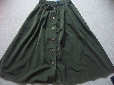 Vintage cord high waisted button skirt. Green. St.Michael,M&S. Size 8-10. Winter
