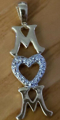 """Beautiful 10k Yellow Gold """"MOM"""" Pendant With One Tiny Diamond. weighs 0.7 Gram"""