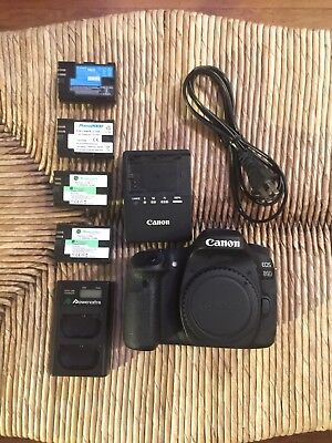 Canon EOS 80D 24.2MP Digital SLR Camera Body, Multiple Batteries, Chargers +