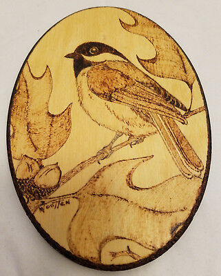 Laser Etched Wood Sparrow Bird Figure Etched Thin Oval Wall Decor