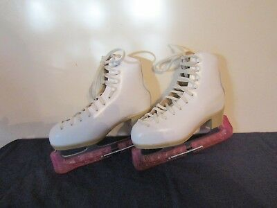 Risport Ice Skates In White Leather Size 3 ( 36 D ) With Blade Guards.