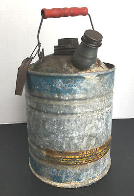 Vintage Antique 1 Gallon Galvanized Metal KEROSENE GAS OIL Can w/Plastic Handle
