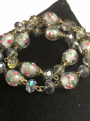 VINTAGE WEDDING CAKE COLORED BEADS with ENCASED ROSES ART GLASS NECKLACE-CHOKER