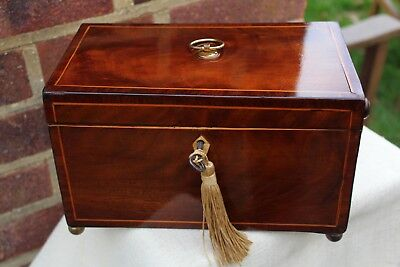 ACE GEORGIAN c 1830 FLAME MAHOGANY TWIN TEA CADDIE CARRYING HANDLES NICE PIECE.