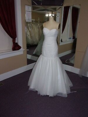 Wedding gown from Alfred Angelo White Tulle size 8