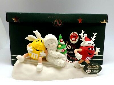 Snowbabies M&M A Candy Coated Christmas Table Top Decoration NIB