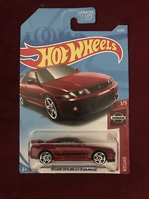 2019 Hot Wheels 1/64 Scale Hw Nissan #1 Of 5 Red Nissan Skyline Gt-R (Bcnr33)
