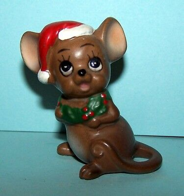 Josef Originals CHRISTMAS MOUSE WITH HOLLY WREATH AROUND NECK, EXCELLENT!