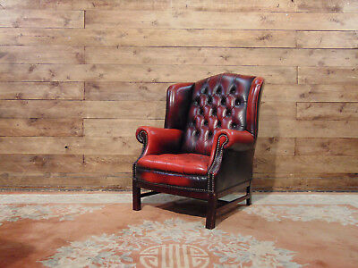 Chesterfield Queen Anne armchair, original English Vintage in brown leather.