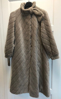 HAWELA EXQUSIT ALPACA MANTEL DAMEN FELL PELZ FUR FOURRURE мех 毛皮  Gr.40 GERMANY