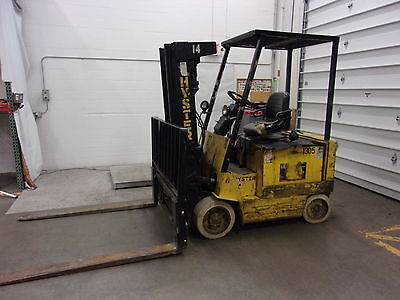 """Hyster 4750 Lb Electric Forklift E60XL-33 with 68"""" Forks (FOR2075)"""