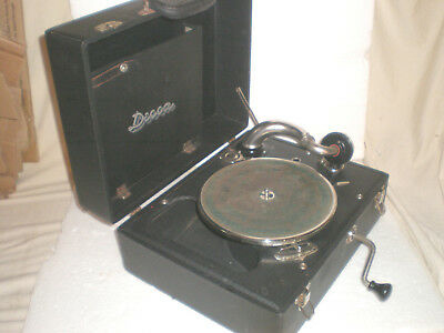 Antique Working Decca Portable Wind-Up Hand Crank Victrola Phonograph / Gramaphn