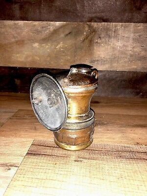 AUTOLITE MINERS LAMP BRASS MADE BY UNIVERSAL LAMP co, USA