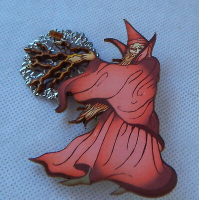 Pin Wizard Brooch Wood Handmade NEW Fashion Cosplay Accessories Red